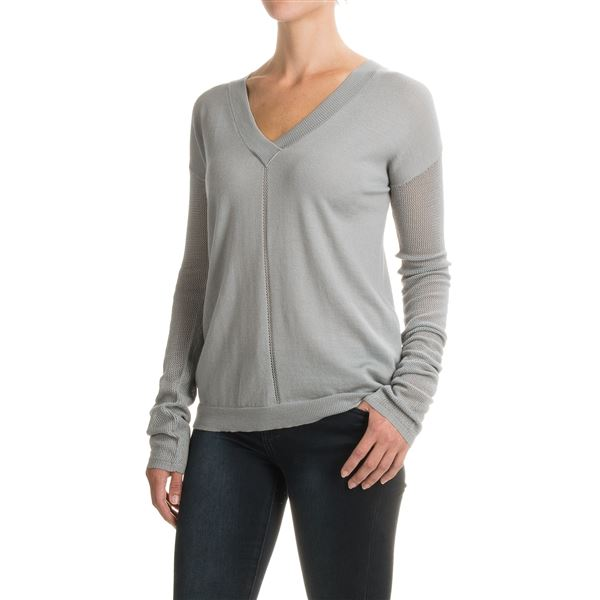 Carve Designs Torrey Sweater - Merino Wool, V-Neck, Long Sleeve (For Women) in Black - Closeouts