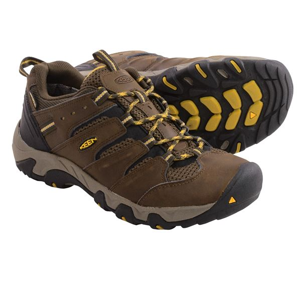 Keen Koven Hiking Shoes - Waterproof, Leather (For Men) in Black Olive/Garden Green - Closeouts