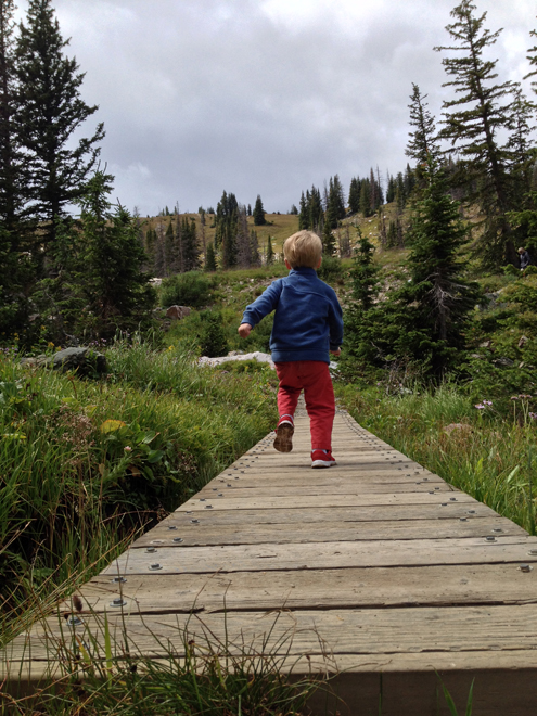 hike farther with toddlers