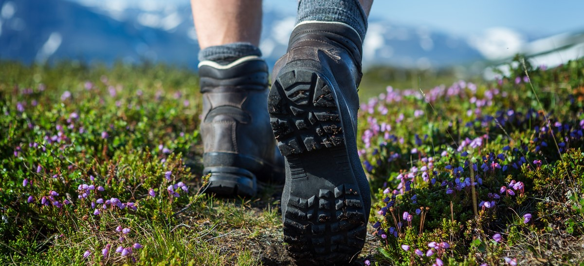 trail shoes vs hiking boots trading post