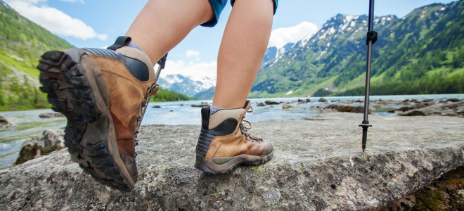 Hiking Boot Pros and Cons