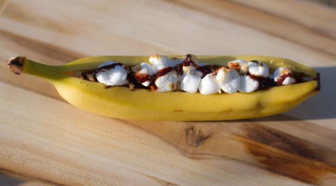 Banana Boats camping dessert